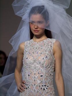Braut mit Schleier, beyrouth @Flickr